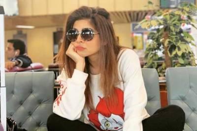 صرف معیاری کام کو ہی ترجیح دیتی ہوں' عائشہ عمر