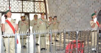 جنرل قمر جاوید باجوہ کی قائداعظم محمد علی جناحؒ کے مزار پر حاضری