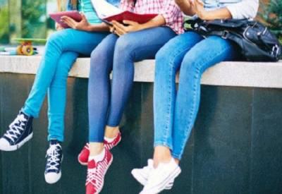 پنجا ب میڈیکل کالج نے طلباوطالبات کے جینز پہننے پر پابندی لگا دی