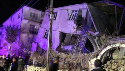 ترکی میں خوفناک زلزلہ، 15 افراد ہلاک ہو گئے