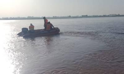 سیلفی بناتے ہوئے4 بہنوں سمیت پانچ افراد دریائے چناب میں ڈوب گئے