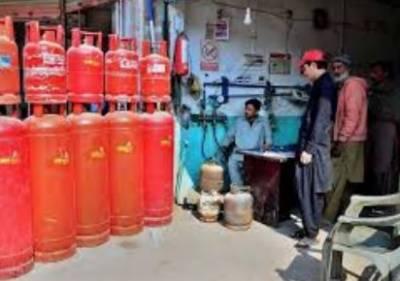 ایل پی جی کی قیمت میں بھی 5 روپے فی کلو اضافہ