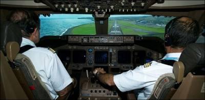 غیر ملکی ائیر لائنز میں موجود 96 پاکستانی پائلٹس کے لائسنس کلیئر قرار