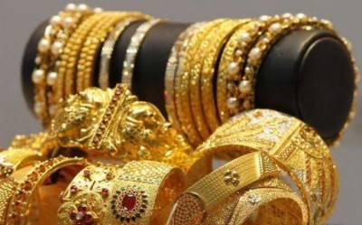 سونے کی فی تولہ قیمت میں 2500 روپے کا اضافہ