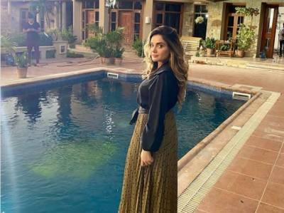 ہمیں کسی کے بارے میں برا نہیں سوچنا چاہیے، ارمینہ خان