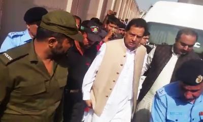 کیپٹن (ر)صفدر اور آئی جی سندھ کا معاملہ،اپوزیشن کی تنقید جاری